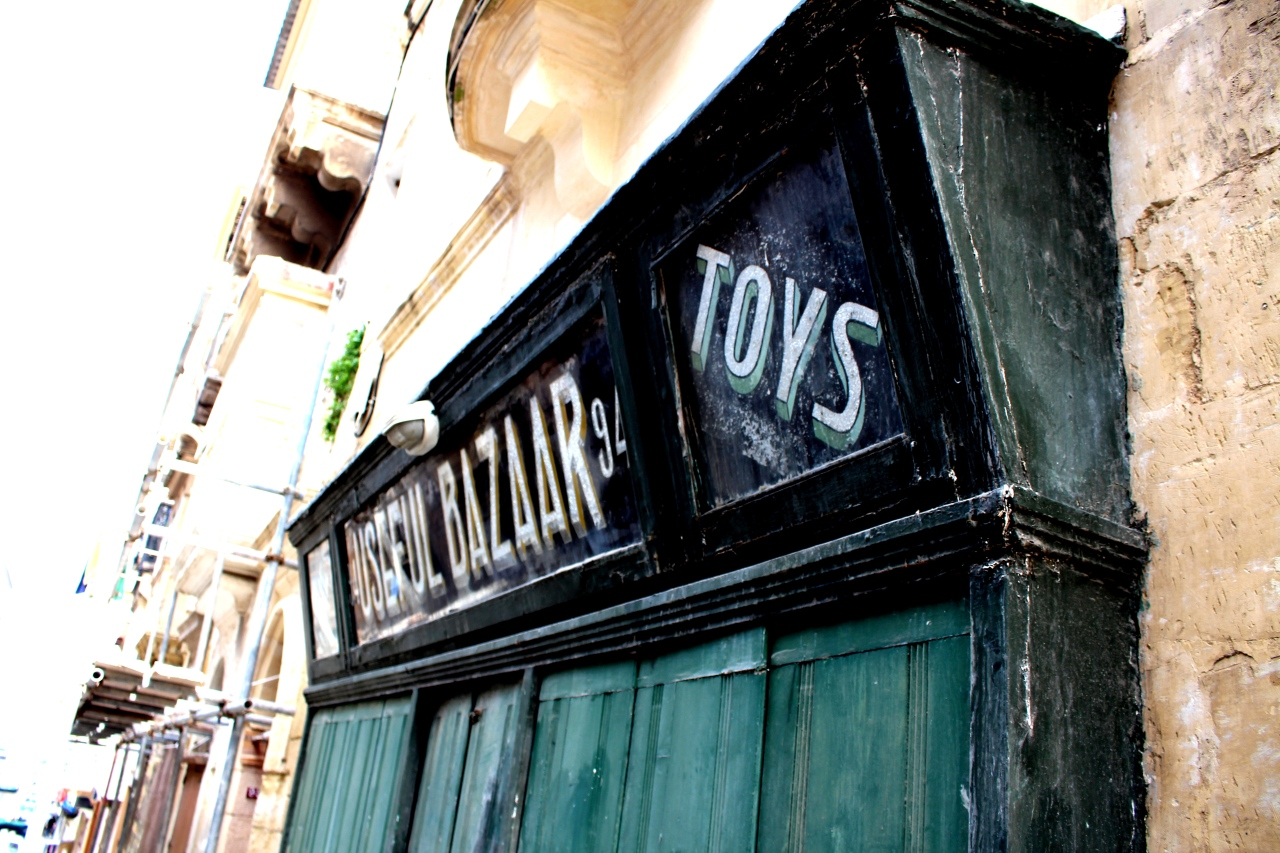 Valletta_Useful_bazaar